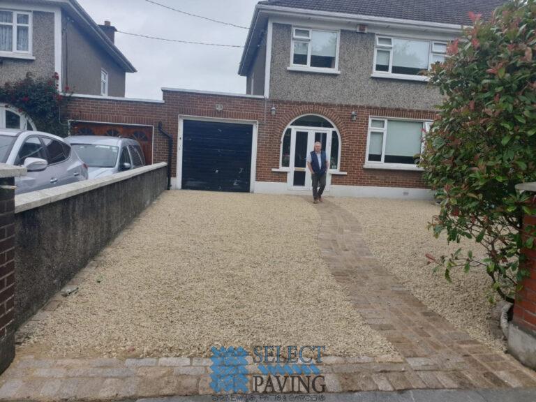 Gravel Driveway with Buff Granite Cobbles in Glasnevin, Dublin